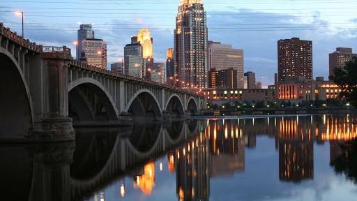 Business Class Deals To Minneapolis, Minnesota USA